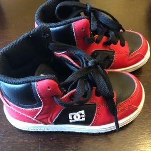 EUC Toddler DC Runners